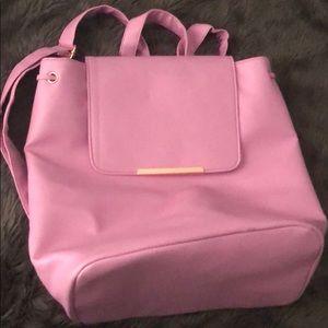 Pink weekender backpack 🎒